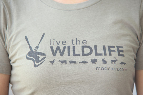 Live-The-Wildlife-Womens-T-shirt-Gray-Logo