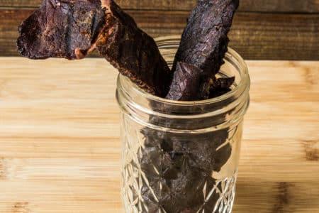 venison-jerky-recipe-modern-carnivore